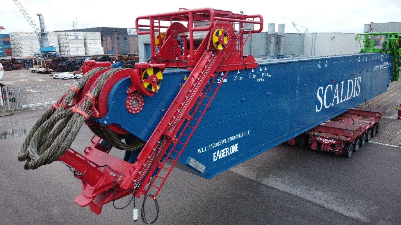 transport on SPMT to heavy-lift vessel